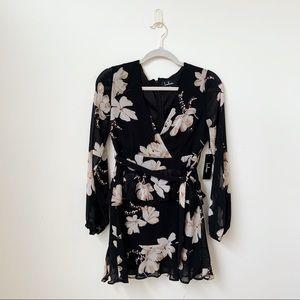NWT Lulu's Black Floral Long Sleeve Dress